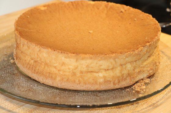 Pan di Spagna alto e soffice senza glutine e senza lievito