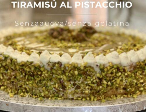 Finto Tiramisù al Pistacchio / senza uova / senza gelatina / pronto in 10 minuti